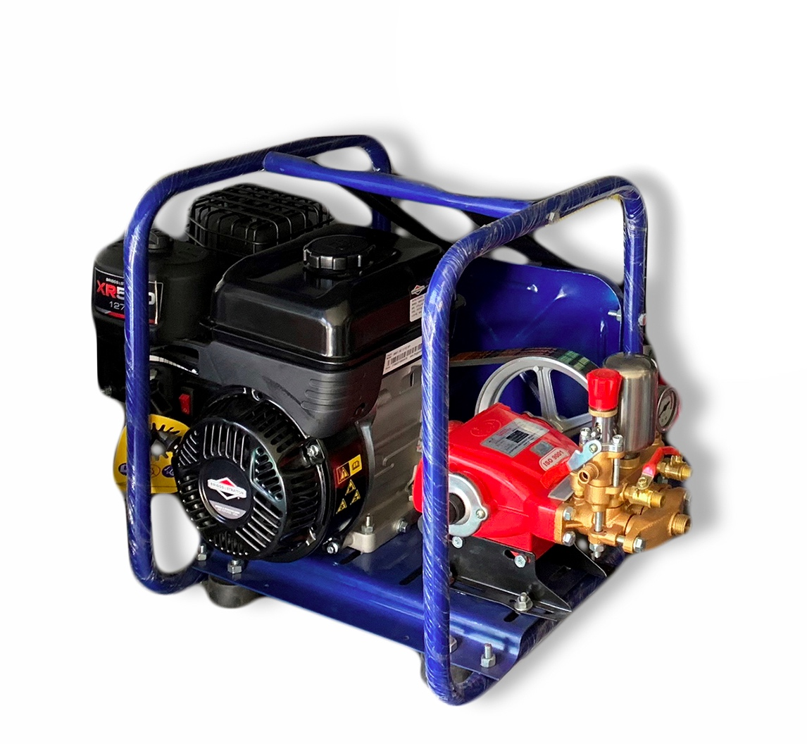 HTP Power Sprayer with 127cc Engine and 18L Pump